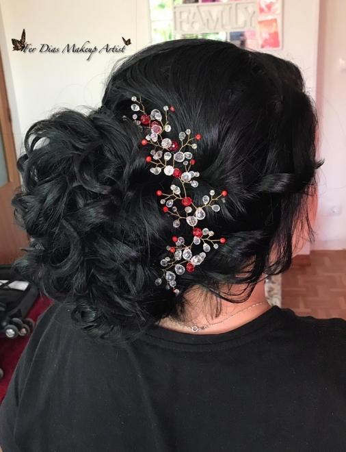 peinado y diadema hecha por mi